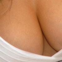 Kako preprečiti povešanje prsi?
